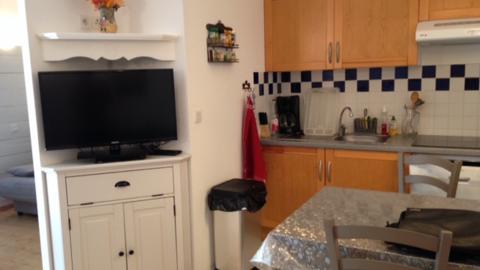 appartement-mercier-sci delmer-kitchenette-luchon (2)