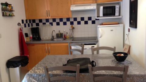 appartement-mercier-sci delmer-kitchenette-luchon