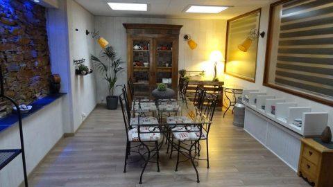 chambres-hotes-le patio-salle-petit-dejeuner-luchon