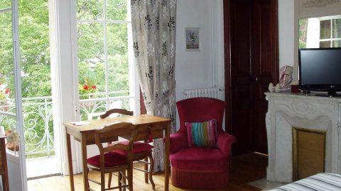 hôtel castel pique chambre2 Luchon