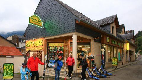 Snow Park Luchon Location de matériel de ski ,snowboards , luges et raquettes. Au pied de la télécabine